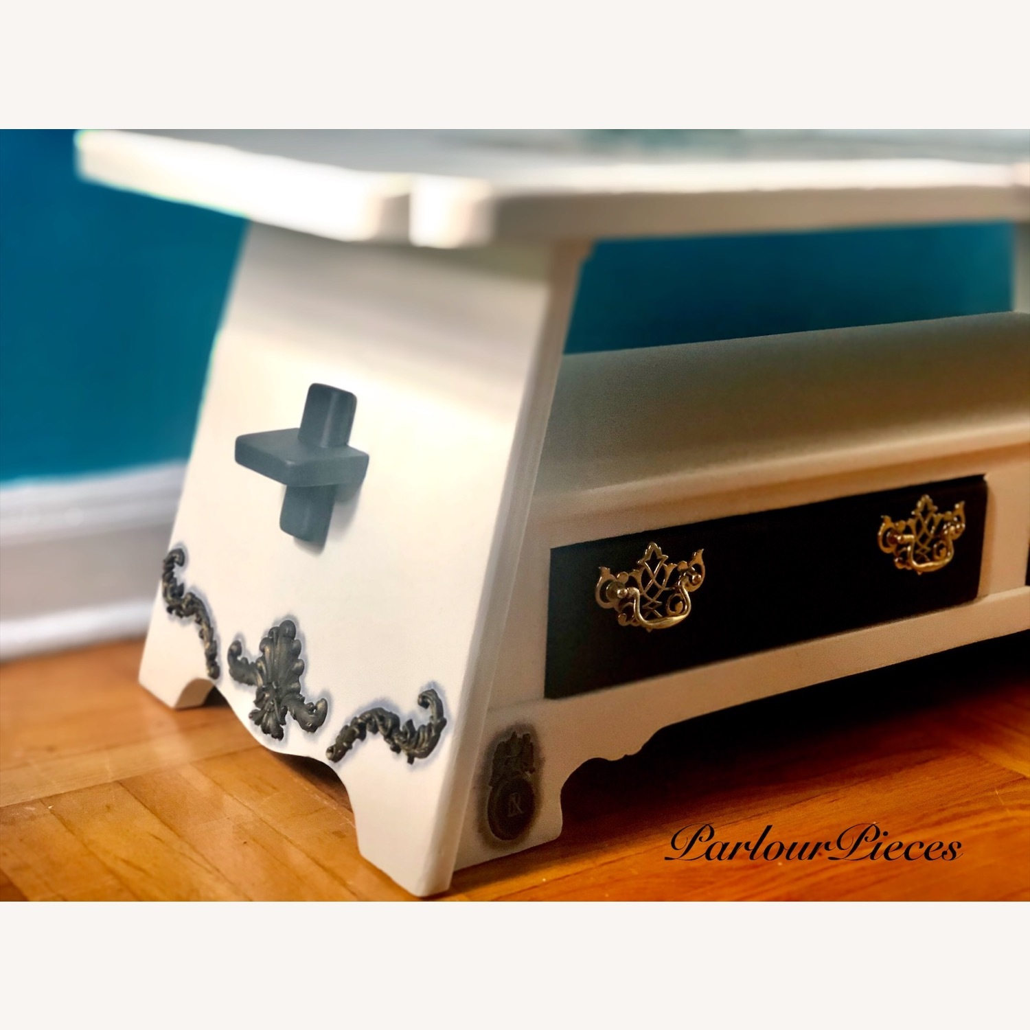 Refinished Coffee Table / Entryway Table - image-5