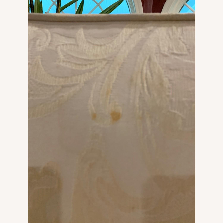 Casual Elegance White Damask Loveseat - image-5