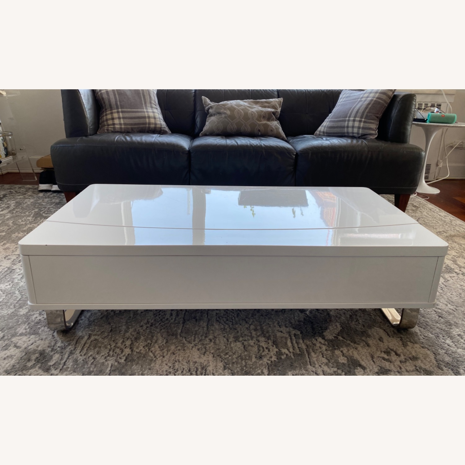 White Lacquer Lift Top Coffee Table - image-2