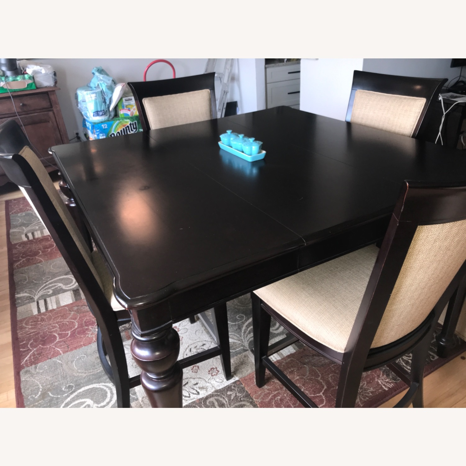 Havertys Copley Square Gathering Dining Table Set with Leaf - image-2