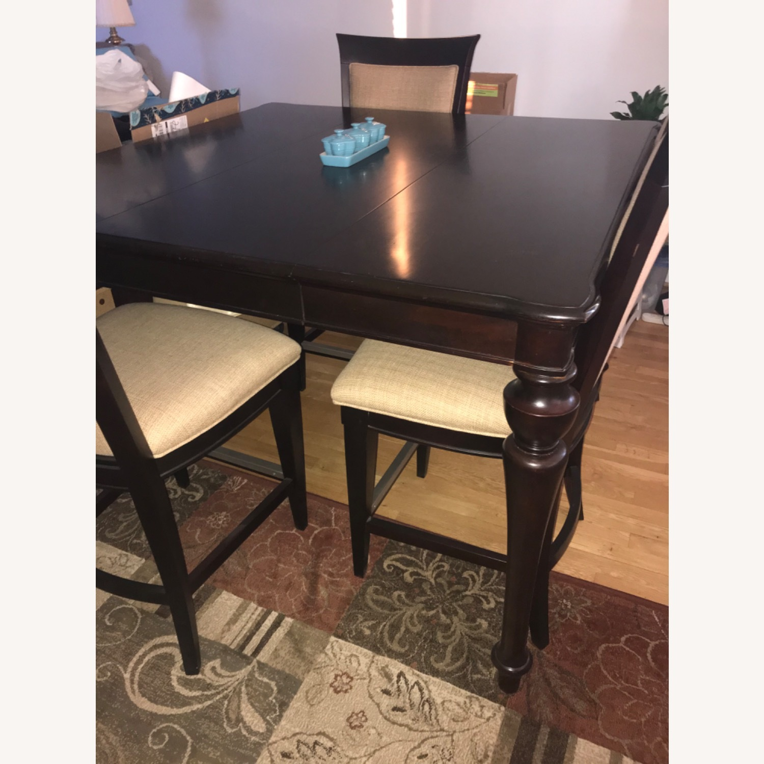 Havertys Copley Square Gathering Dining Table Set with Leaf - image-12