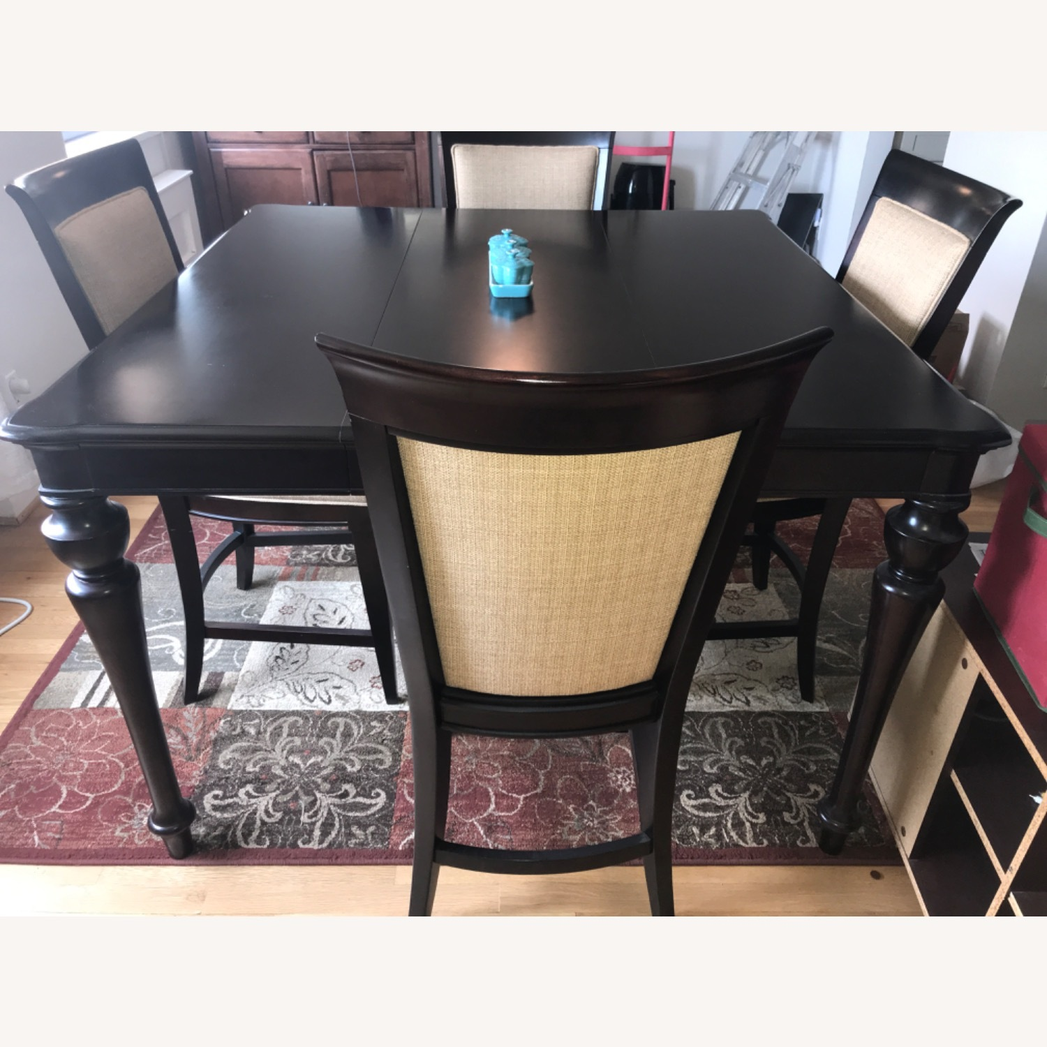 Havertys Copley Square Gathering Dining Table Set with Leaf - image-3