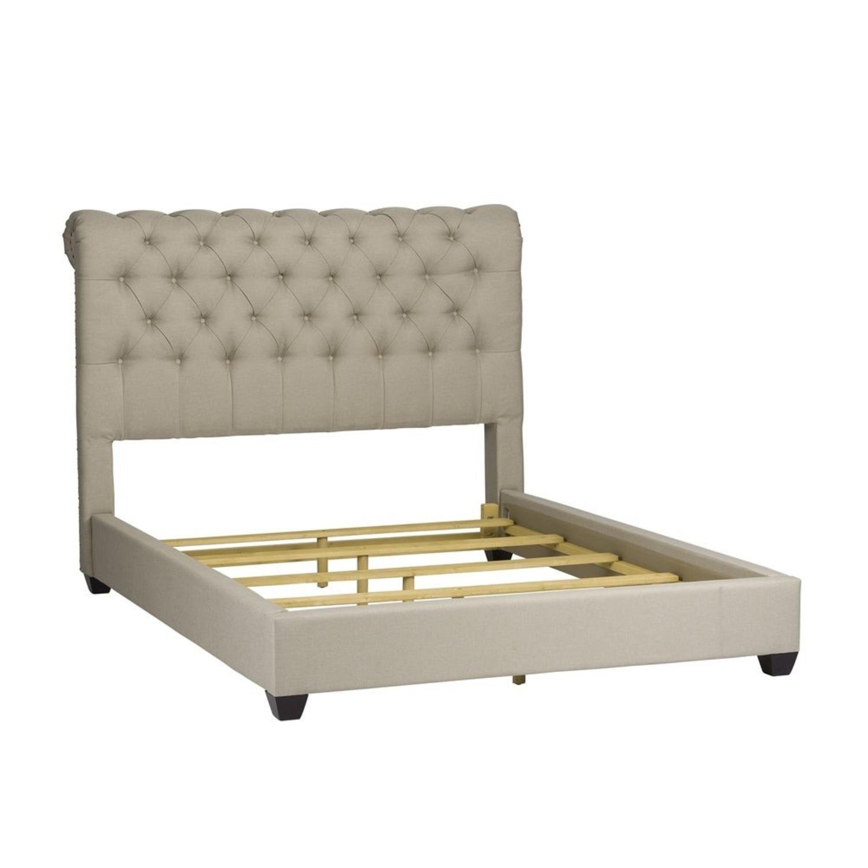 Liberty Furniture Natural Linen Upholstered Queen Bed Aptdeco