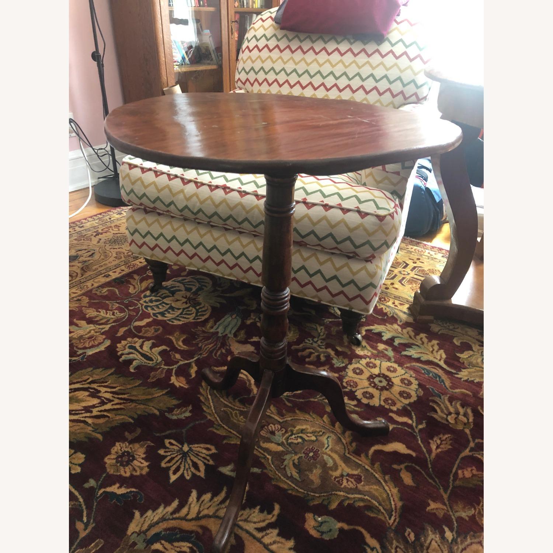 Charming Tilt-top Table - image-1