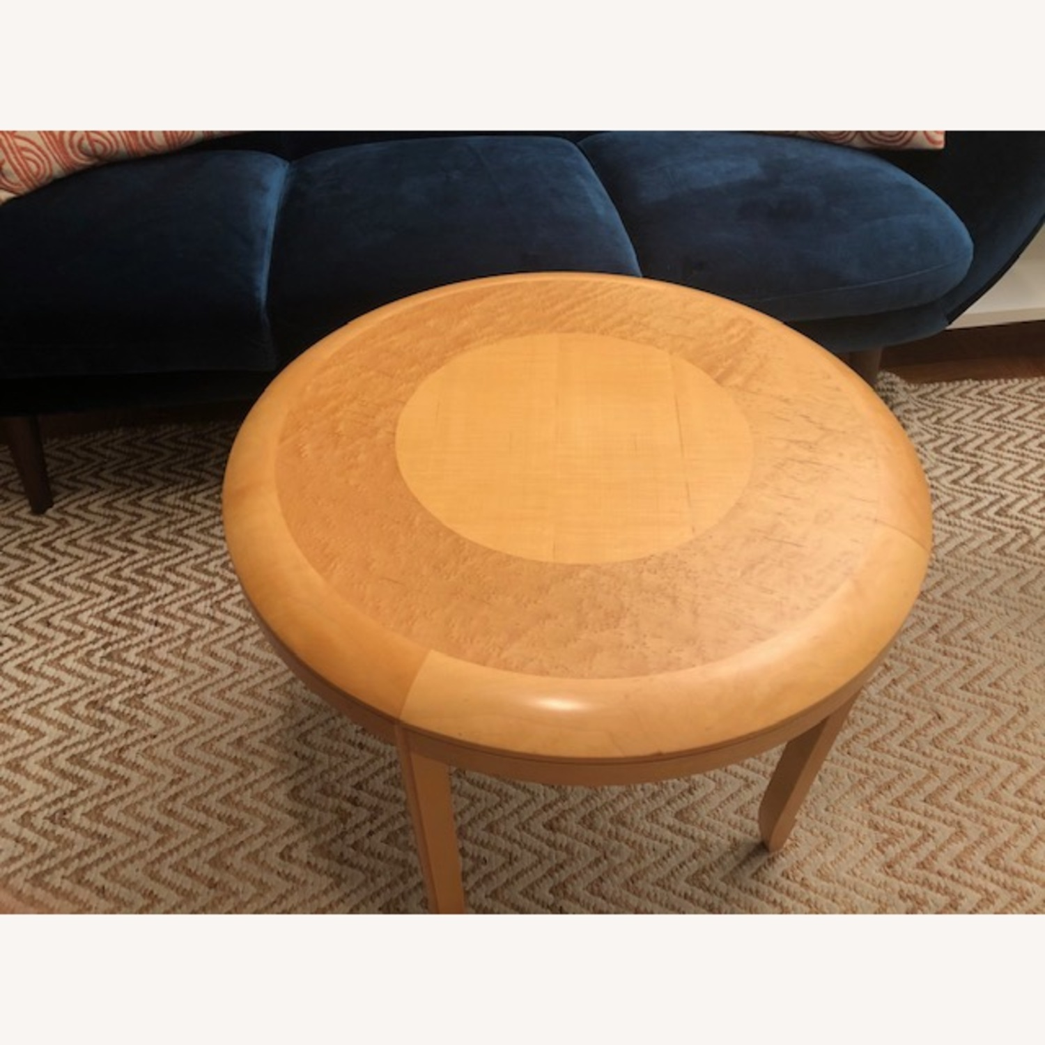 Solid Wood Round Table - image-0