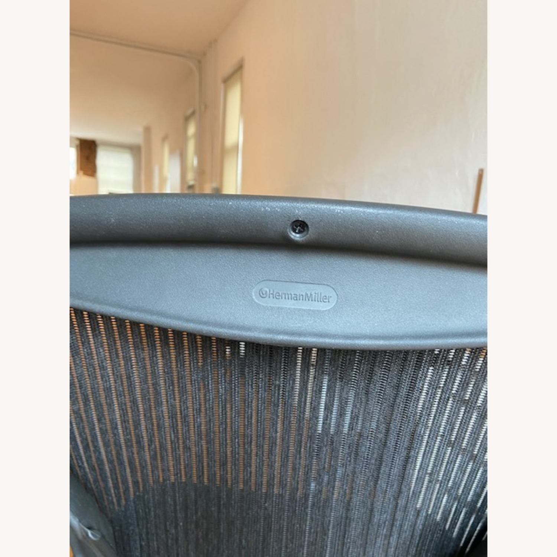 Herman Miller Armless Aeron Chair - image-4