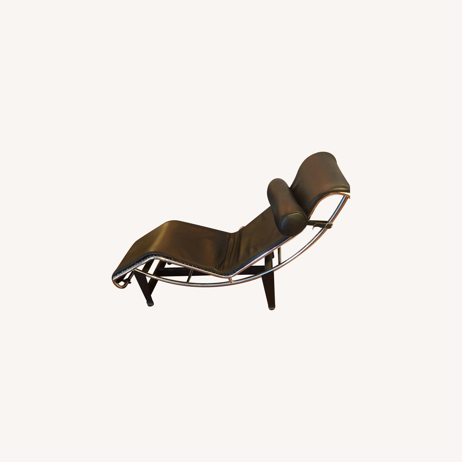 Authentic Cassina LC4 Chaise Lounge - image-0