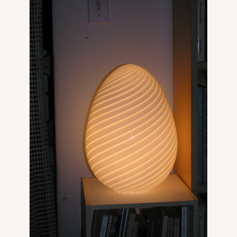 1960s Murano Venini Egg Lamp - image-4