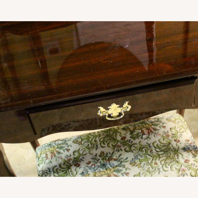 Queen Annie Classic 3 -Piece Bedroom Vanity - image-2