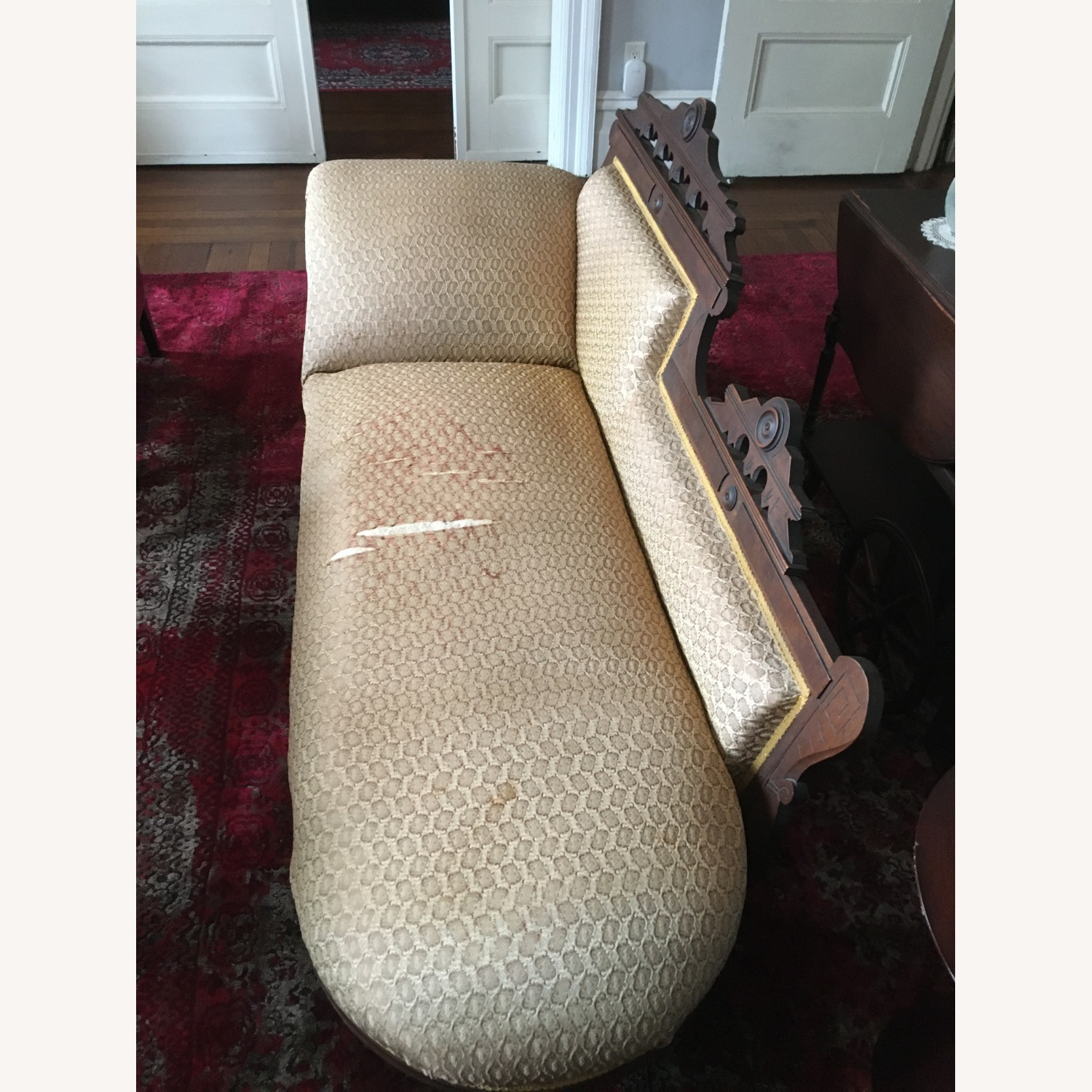 Antique Victorian Fainting Couch - image-2