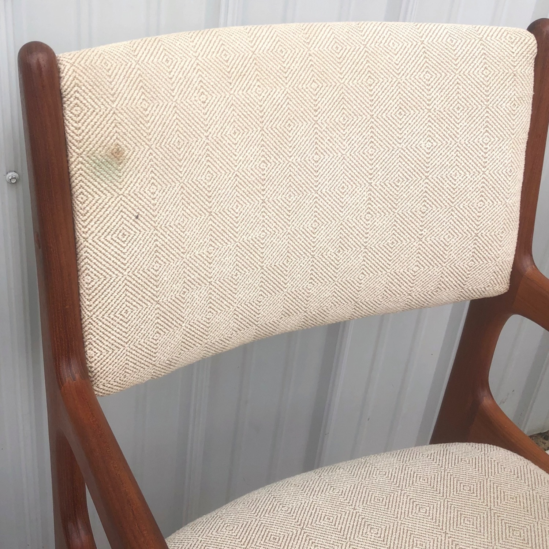Set of Six Mid-Century Teak Dining Chairs - image-5