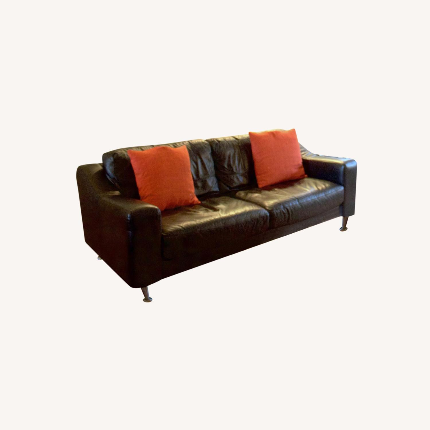 Scandinavian Design Leather Couch - image-0