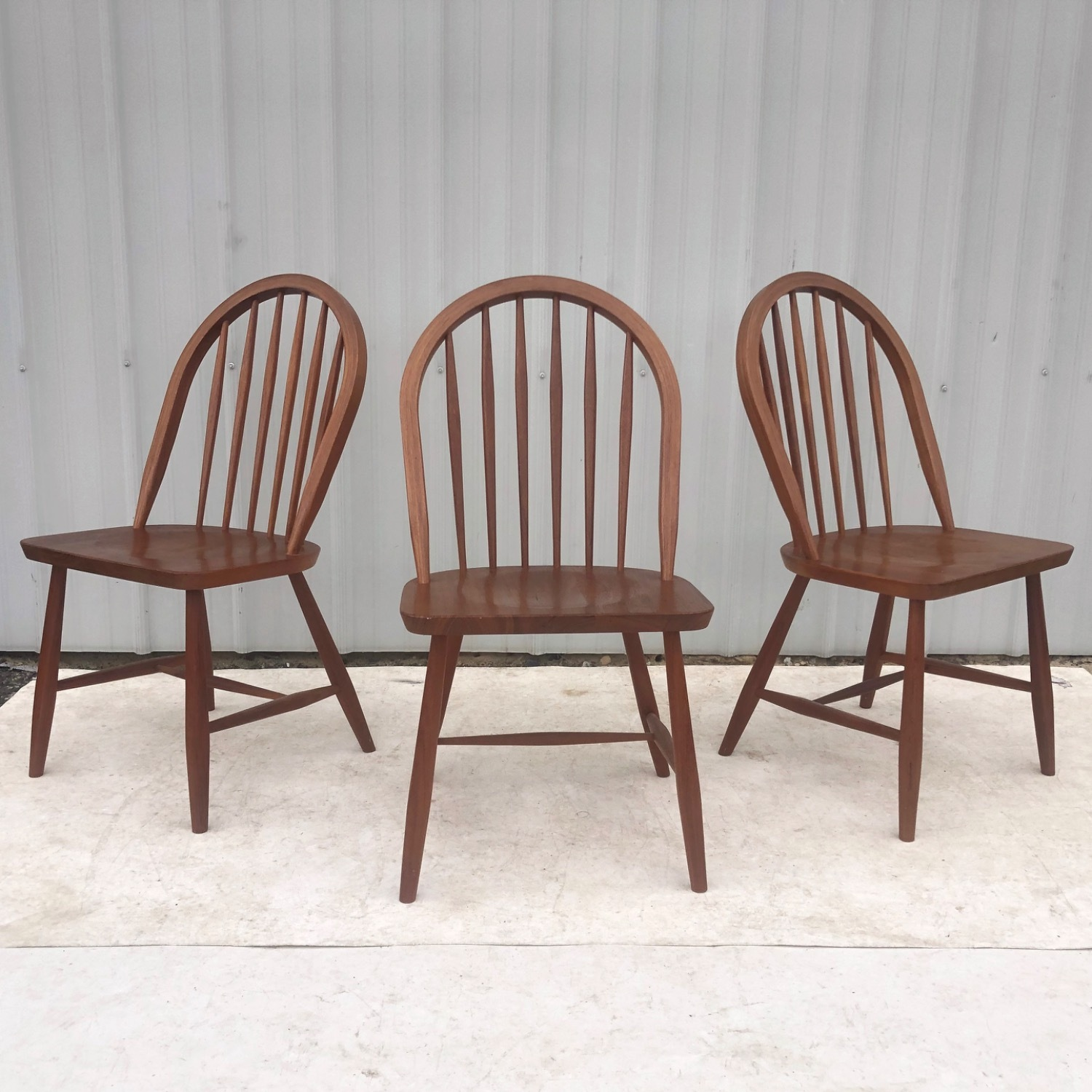 Vintage Modern Dining Set w/ Six Chairs - image-18