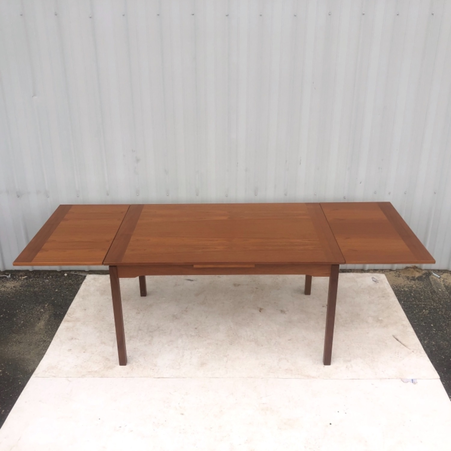 Vintage Modern Dining Set w/ Six Chairs - image-11