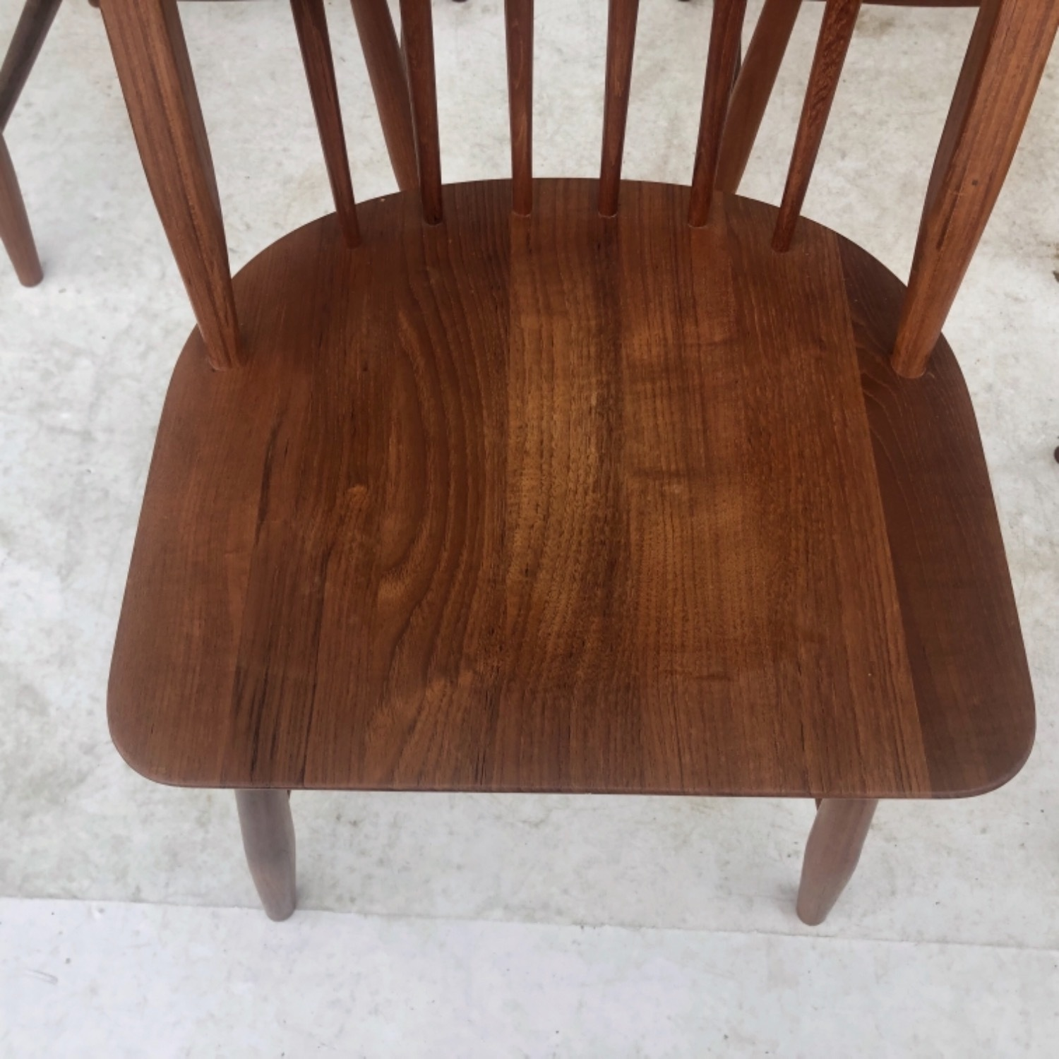 Vintage Modern Dining Set w/ Six Chairs - image-16