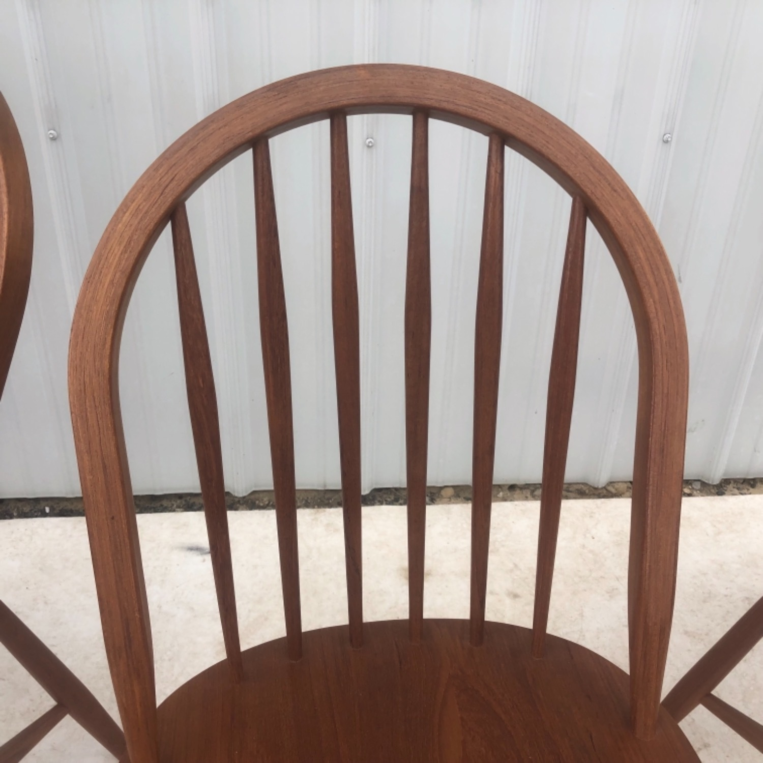 Vintage Modern Dining Set w/ Six Chairs - image-19