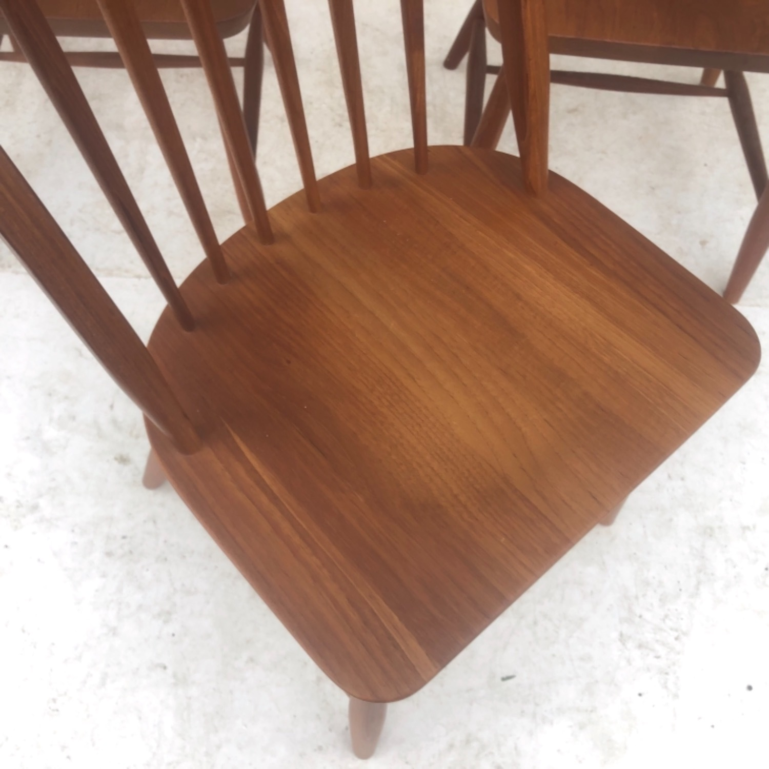 Vintage Modern Dining Set w/ Six Chairs - image-14