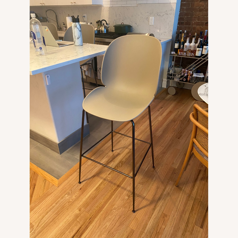 Gubi Beetle Counter Chair (Set of 4) - image-1