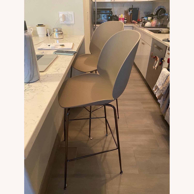 Gubi Beetle Counter Chair (Set of 4) - image-2