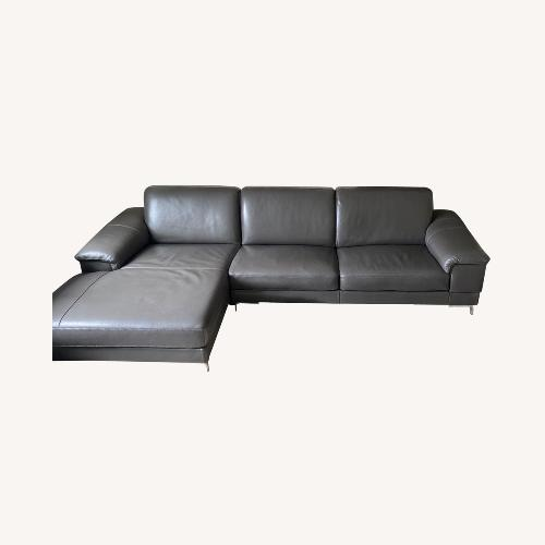 Used Bloomingdales Nicoletti Dorian Sectional for sale on AptDeco