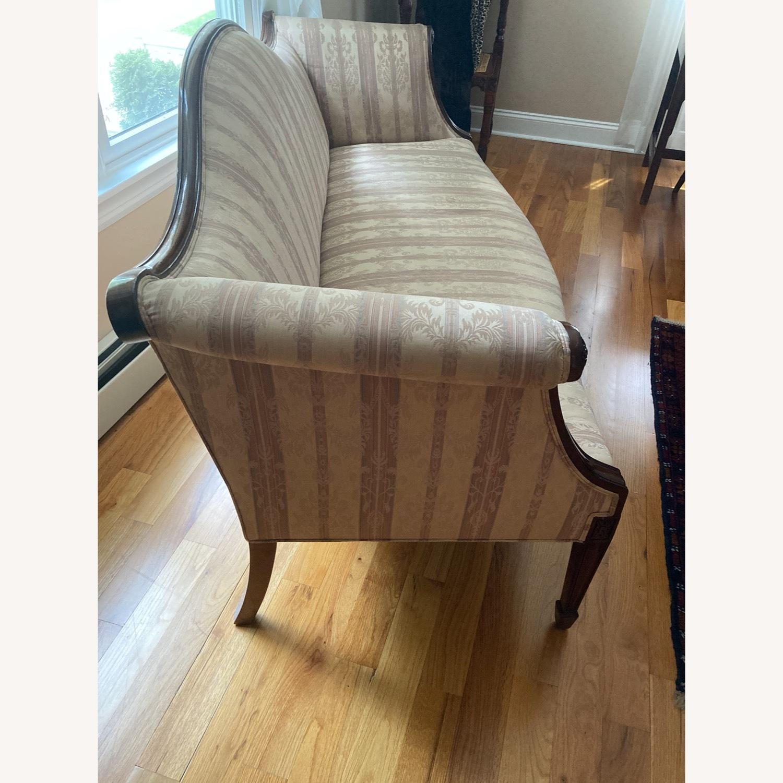 Decorative Hepplewhite Style Sofa - image-3