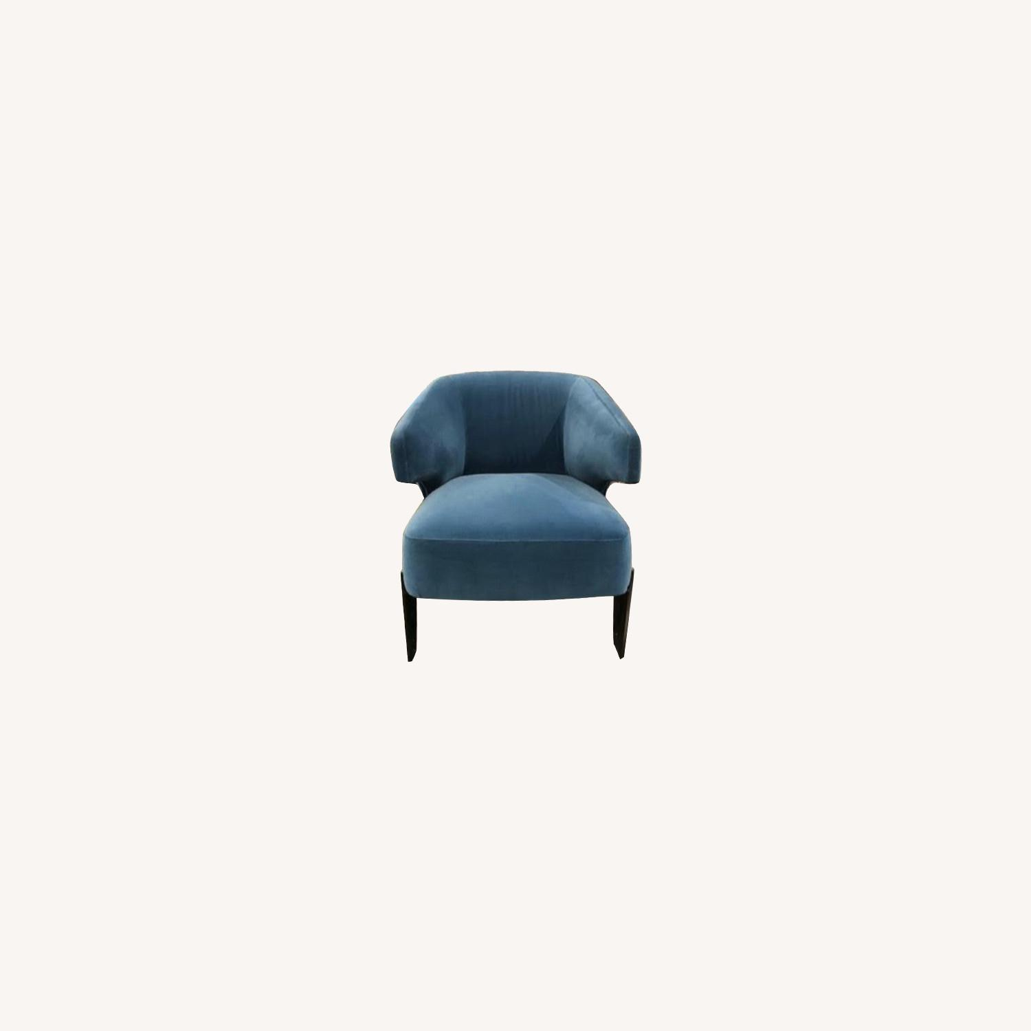 Camerich Living Room Chair - image-0