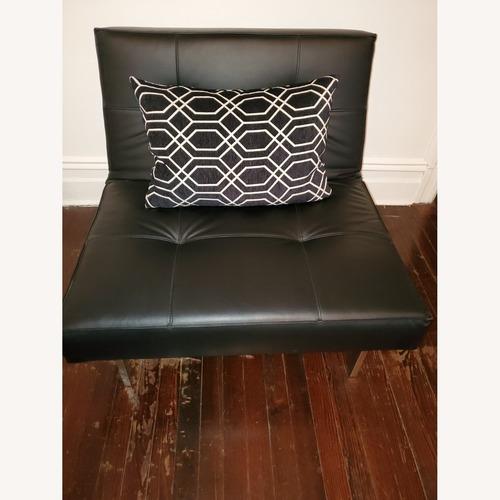 Used Innovation USA Mmnimal Chair for sale on AptDeco