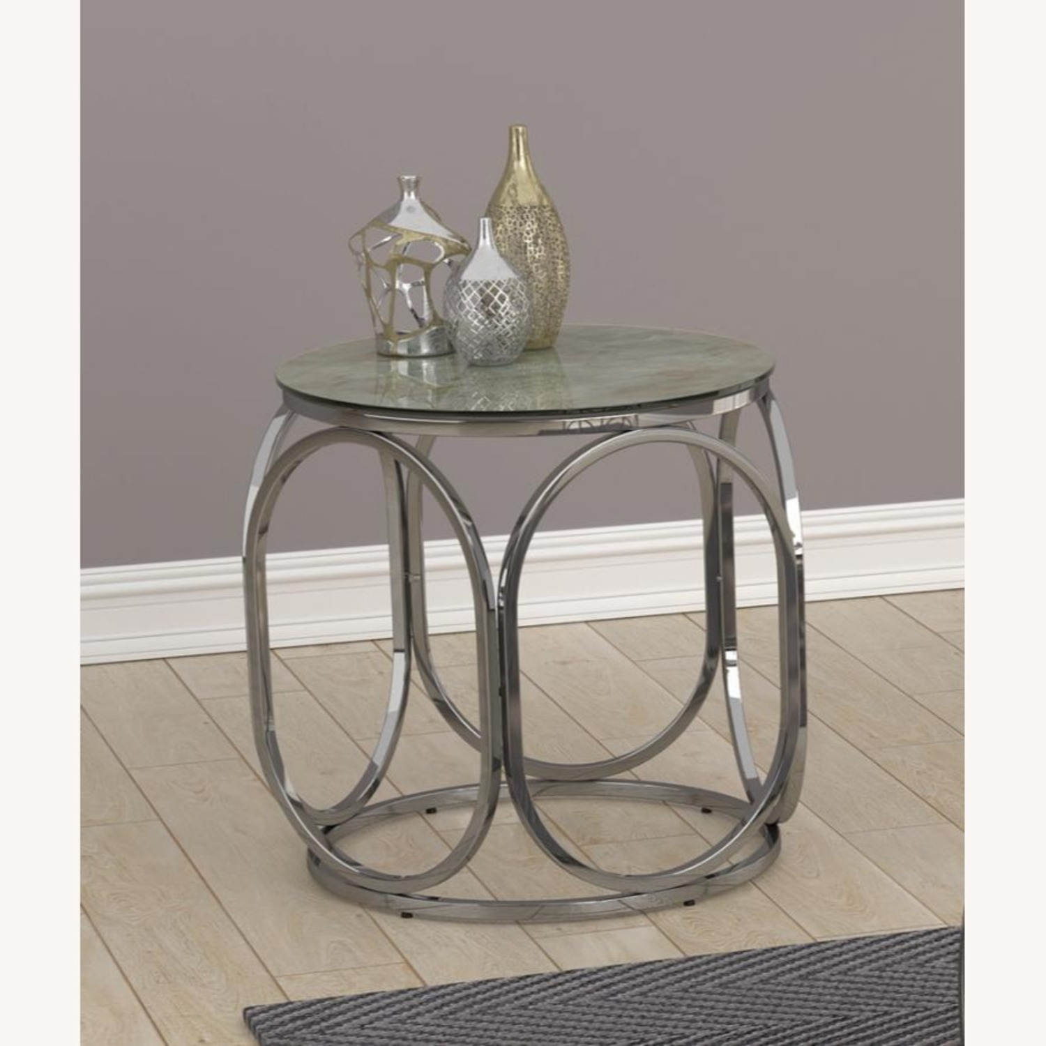 Circular Shapes End Table In Chrome Metal Finish - image-3