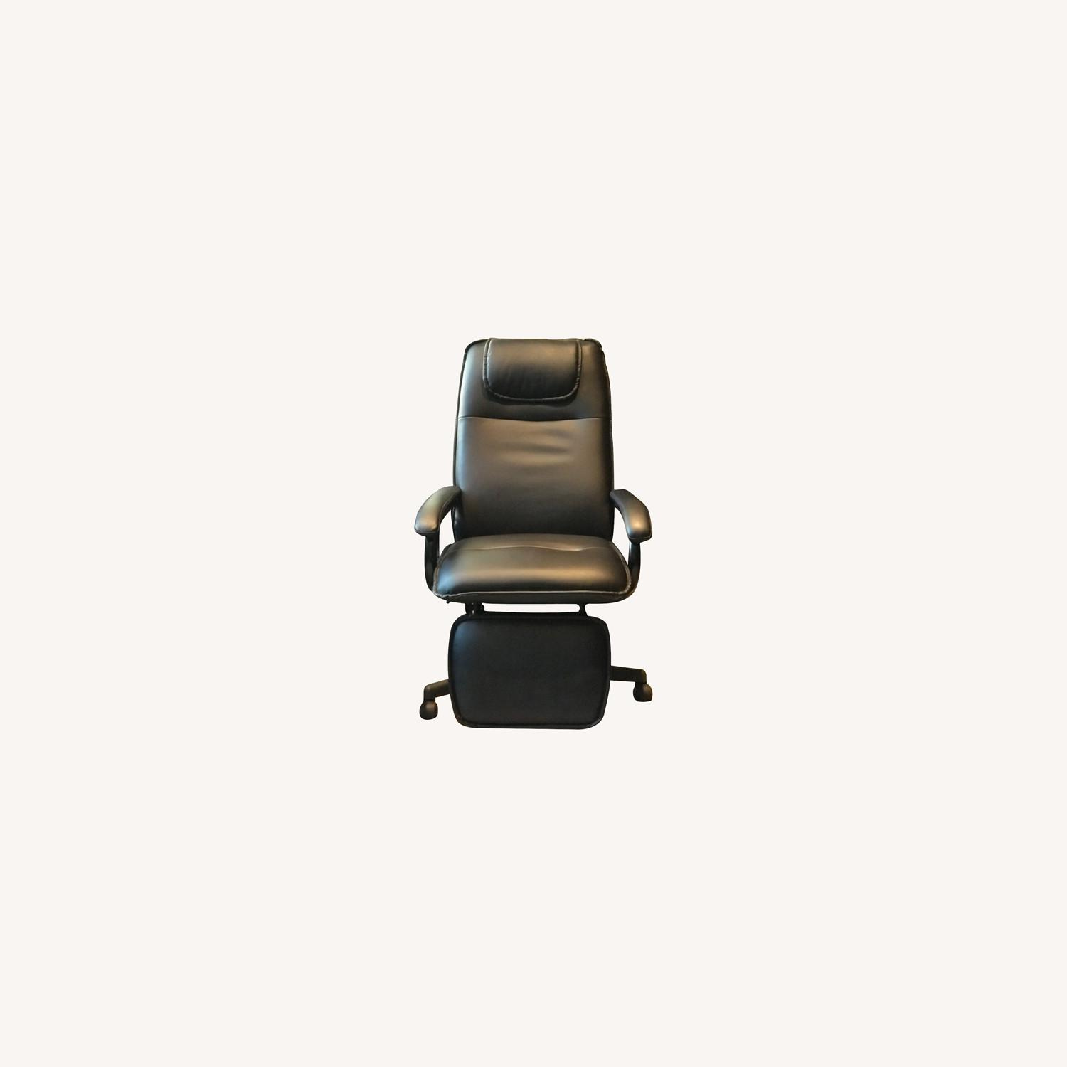 Reclining Swivel Chairs with Foot Rests - image-0