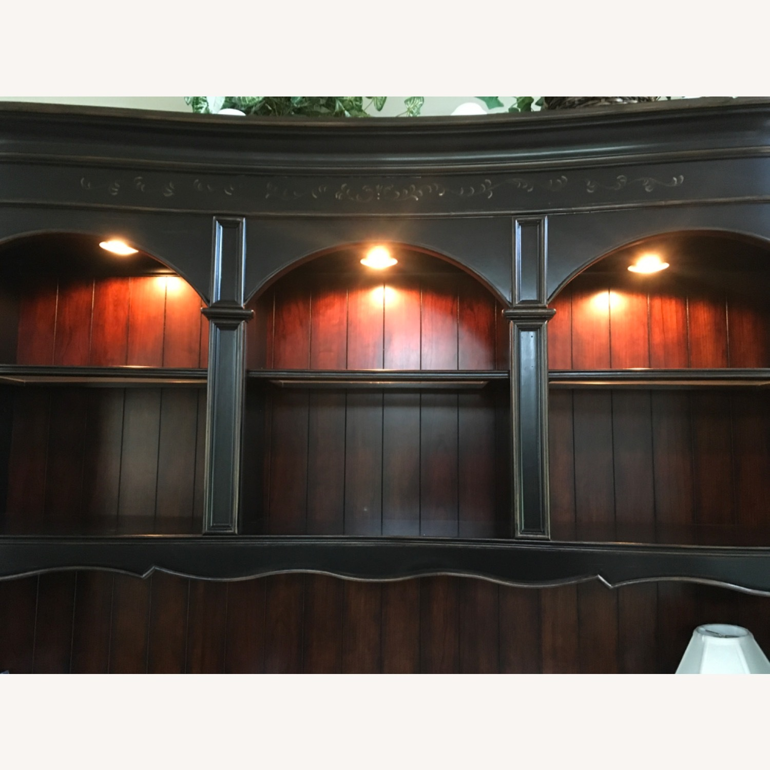 Hooker Furniture Corporation Wall Unit - image-4