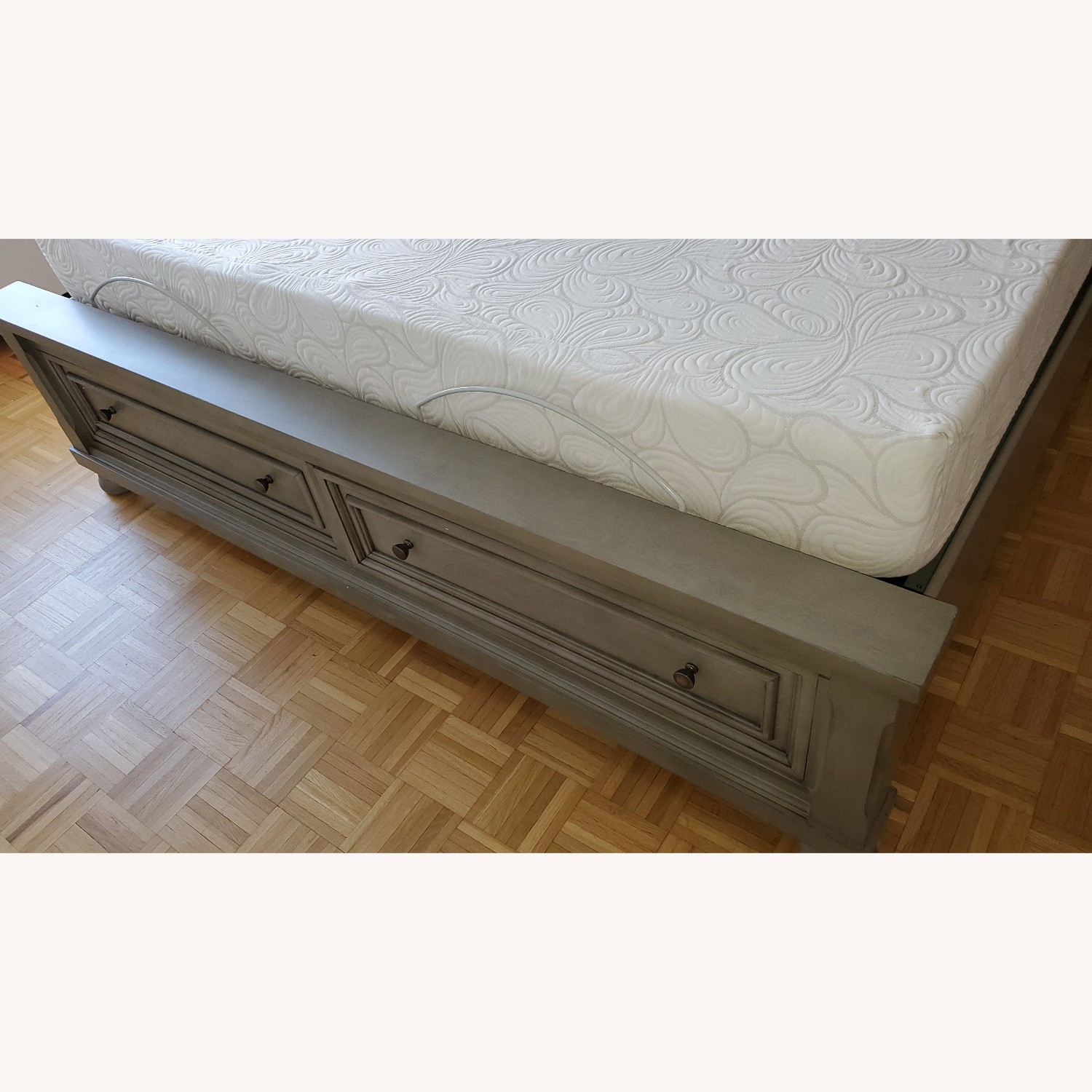 Ashley Furniture King Sleigh Bed with Storage - image-4
