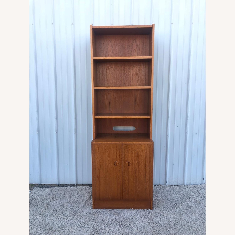 Scandinavian Modern Teak Shelving with Cabinets - image-14