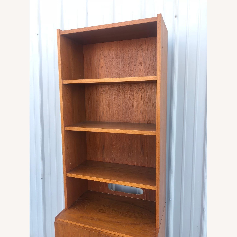 Scandinavian Modern Teak Shelving with Cabinets - image-18