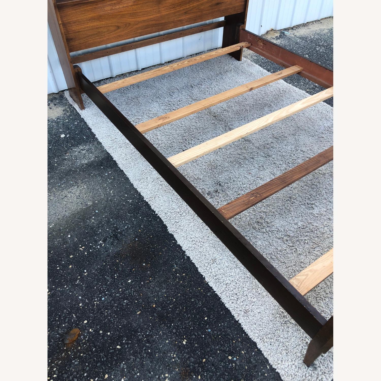 Thomasville Mid Century Full Size Bed Frame - image-16