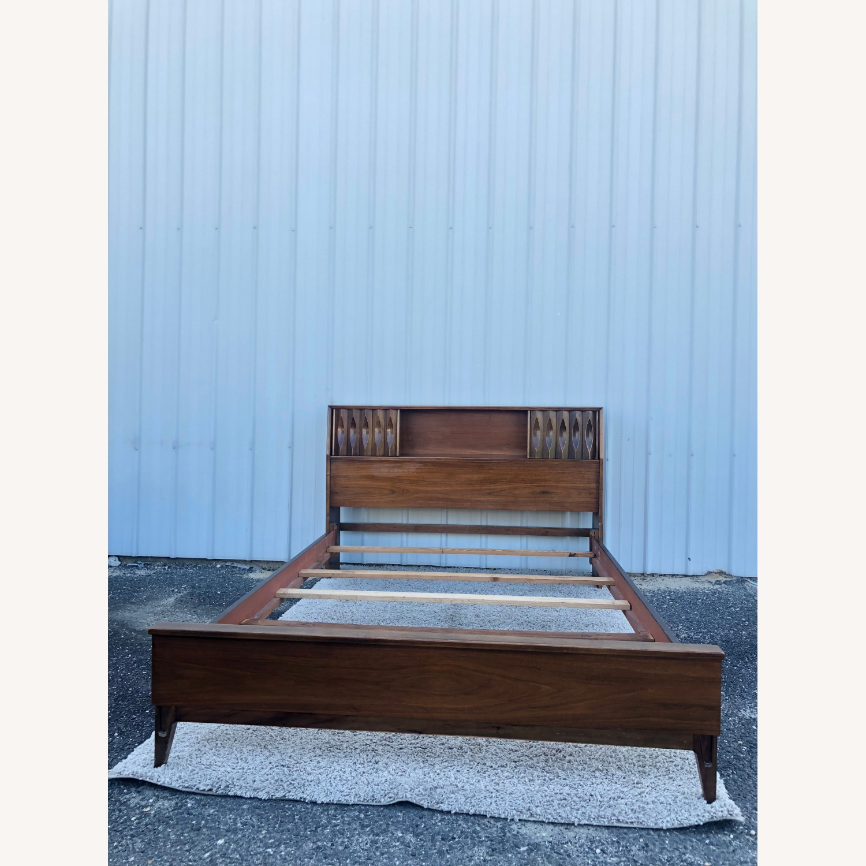 Thomasville Mid Century Full Size Bed Frame - image-1