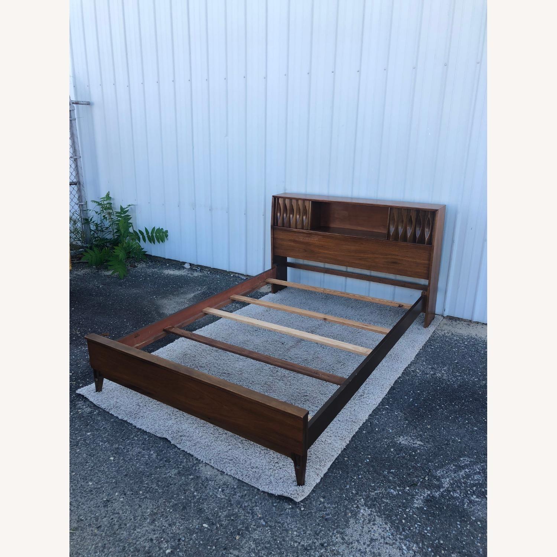 Thomasville Mid Century Full Size Bed Frame - image-3