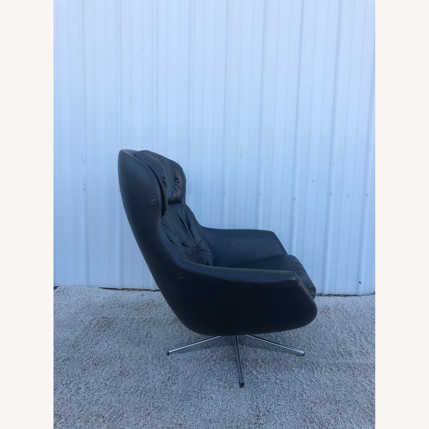Mid Century Black Leather Lounge Chair by Selig - image-4