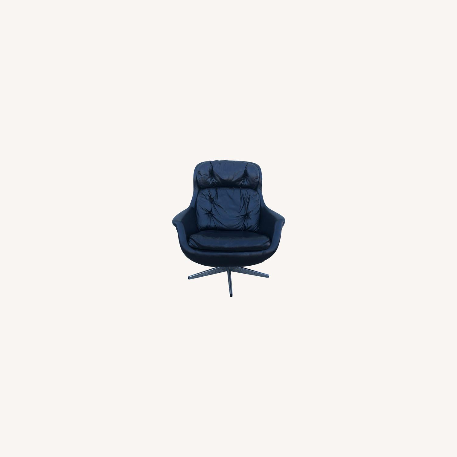 Mid Century Black Leather Lounge Chair by Selig - image-0