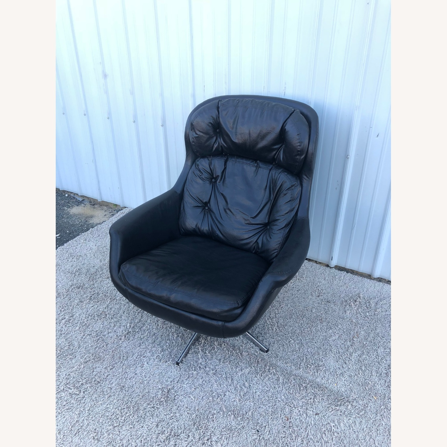 Mid Century Black Leather Lounge Chair by Selig - image-11
