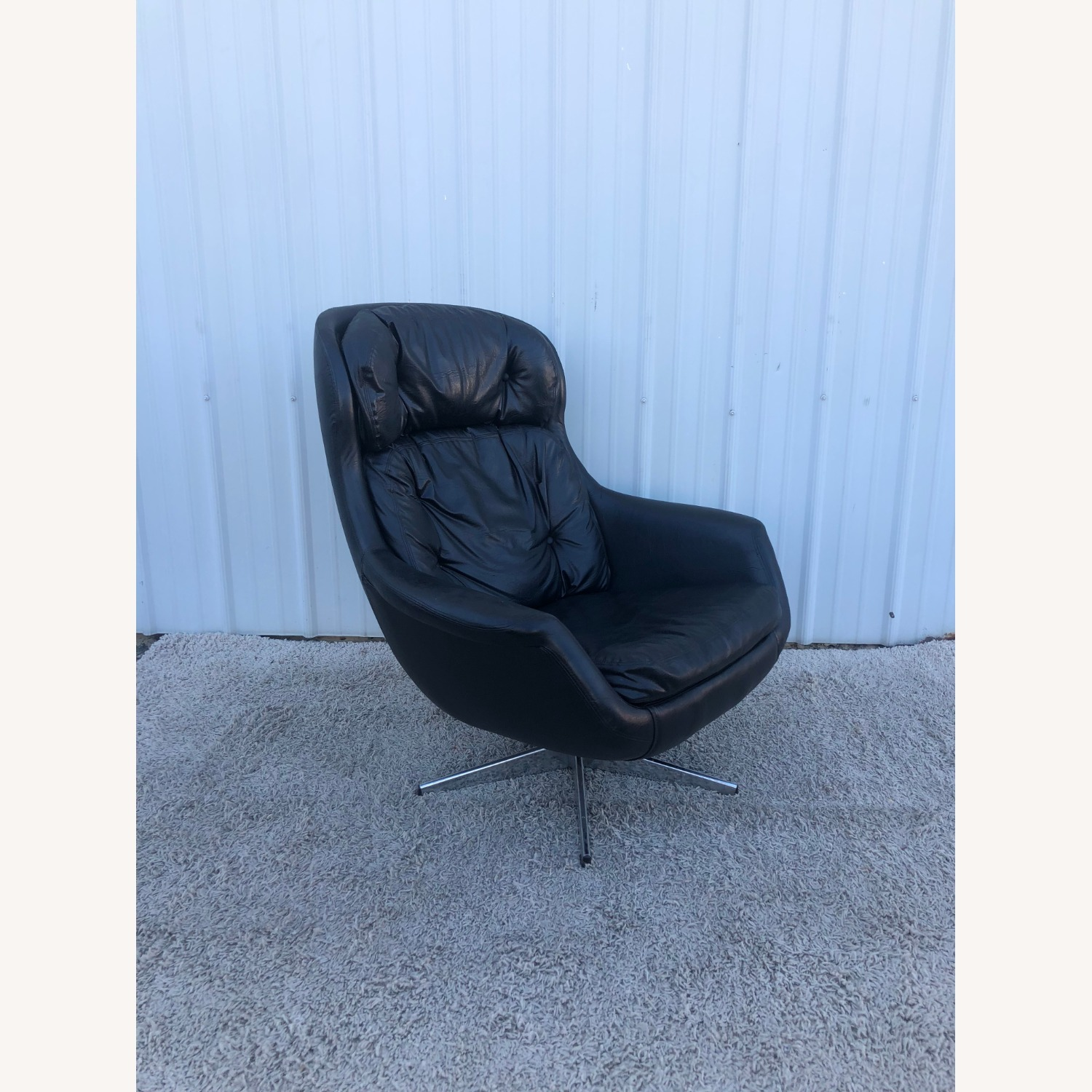 Mid Century Black Leather Lounge Chair by Selig - image-12