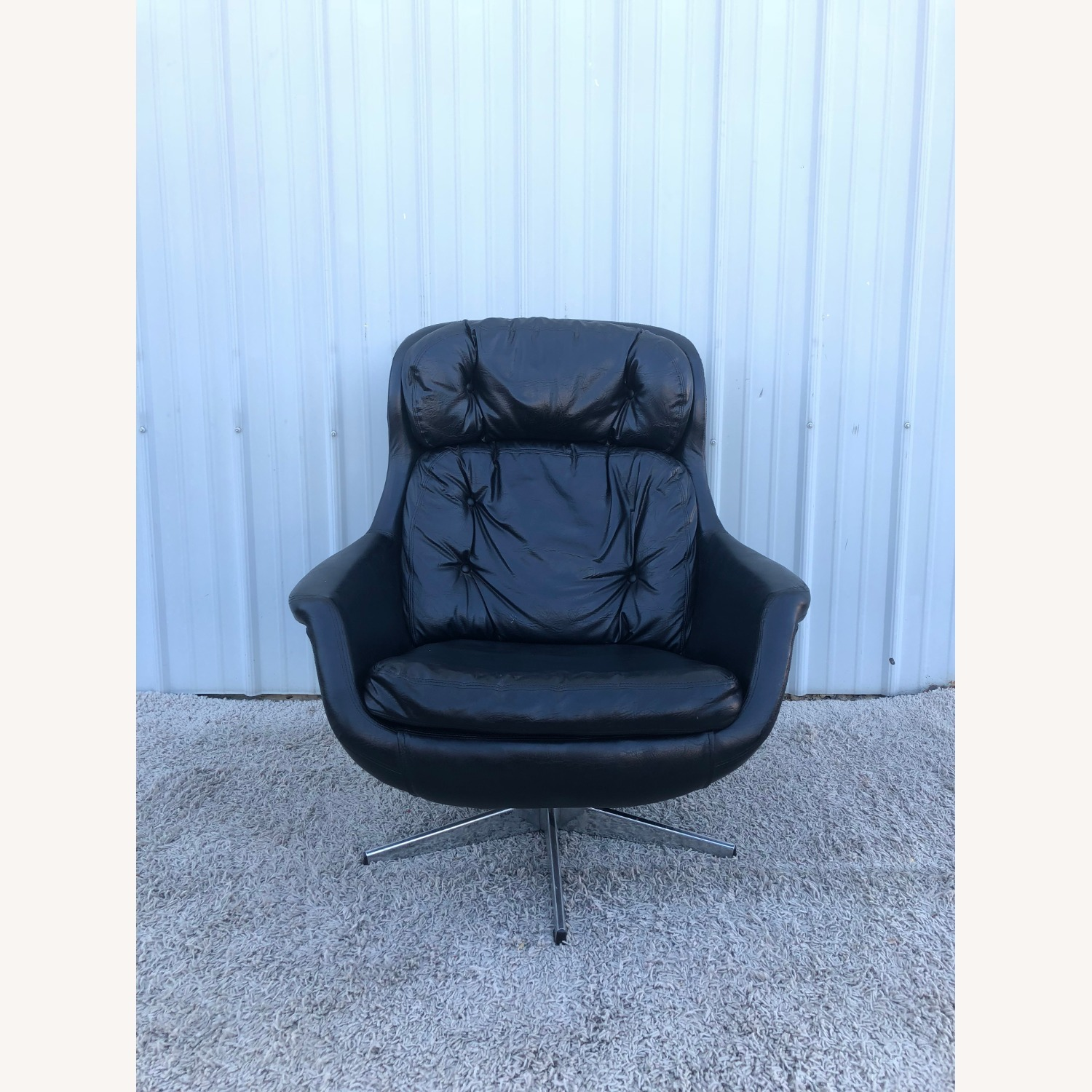 Mid Century Black Leather Lounge Chair by Selig - image-2