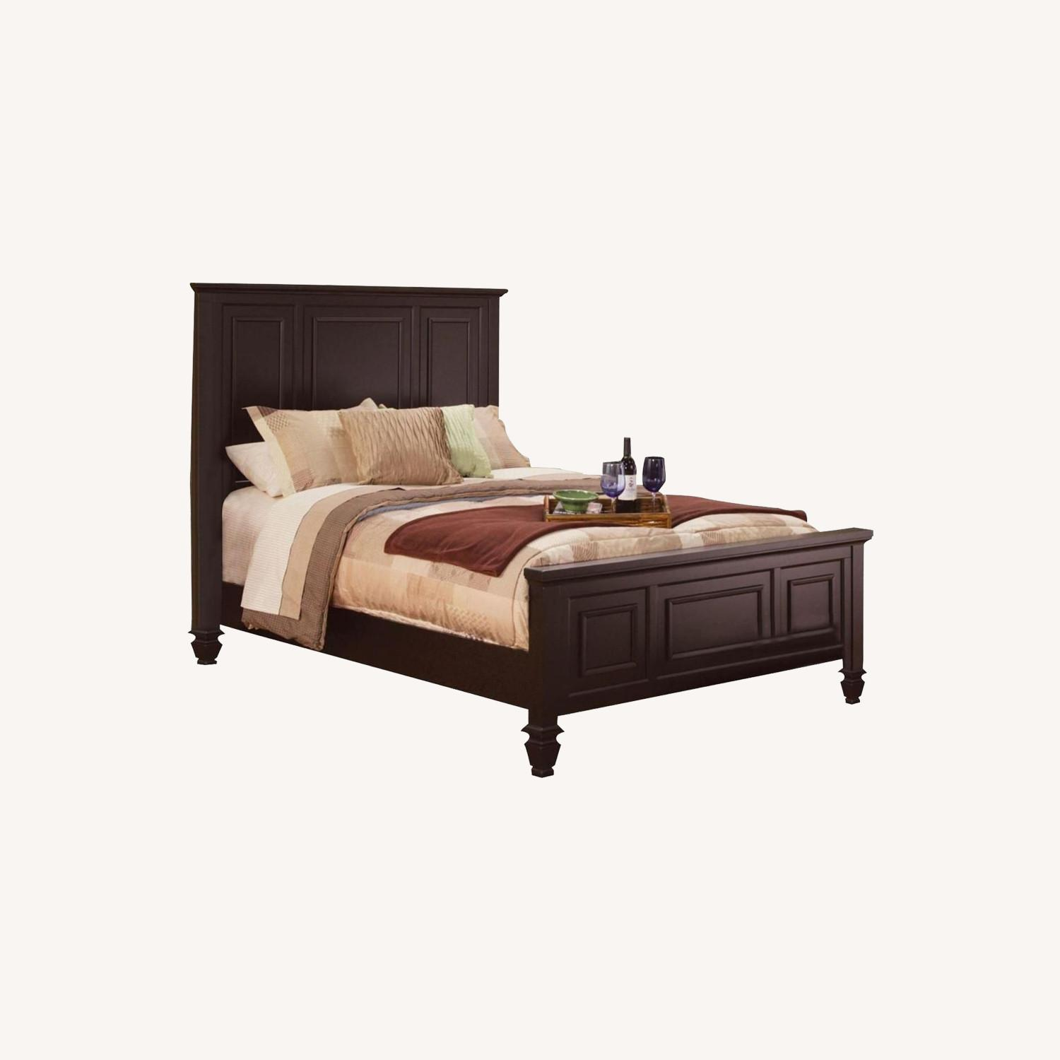 Versatile King Bed In Cappuccino Tropical Wood - image-3