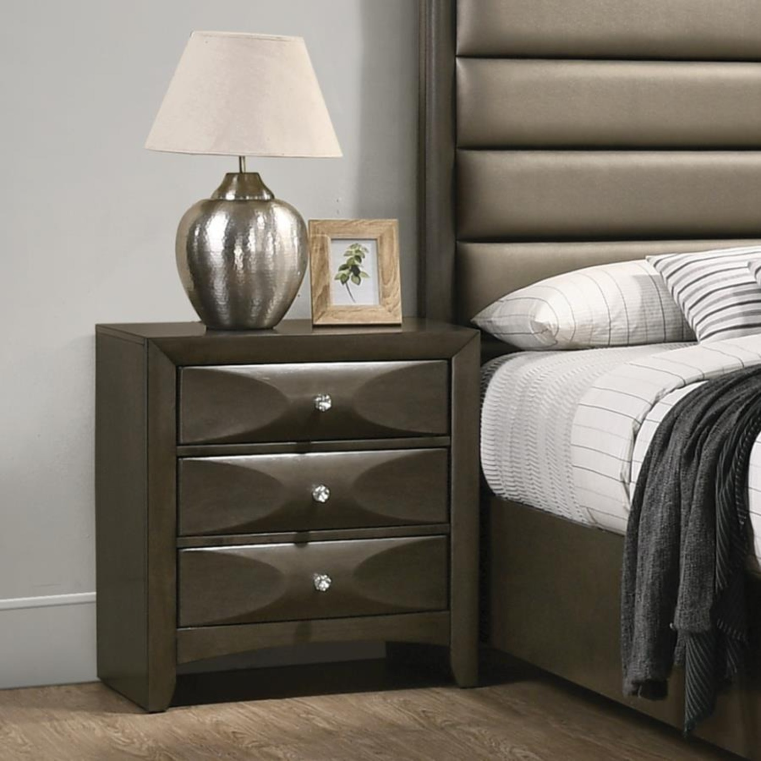 Nightstand In Mod Grey Finish W/ 3D Bow Tie Fronts - image-4
