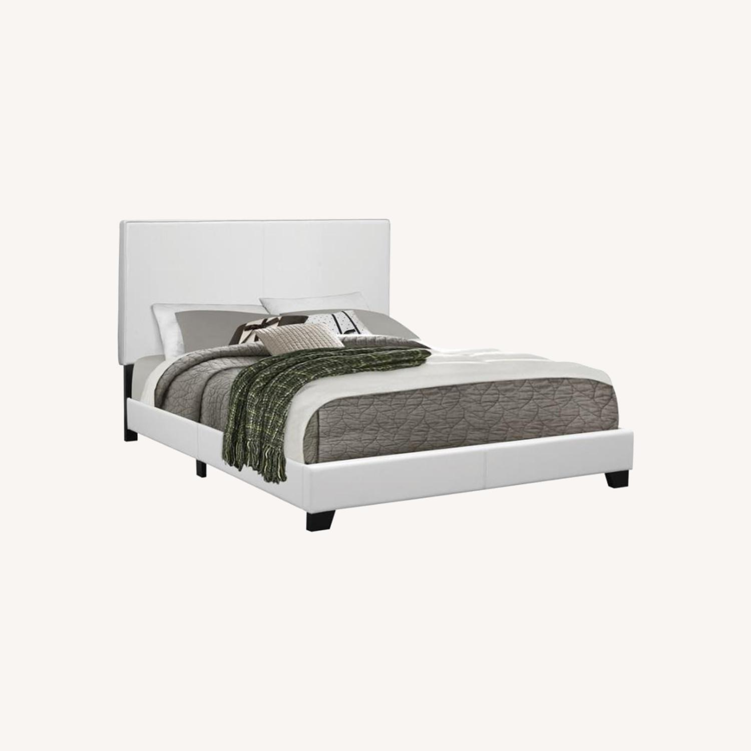 Modern Twin Bed Upholstered In White Leatherette - image-3