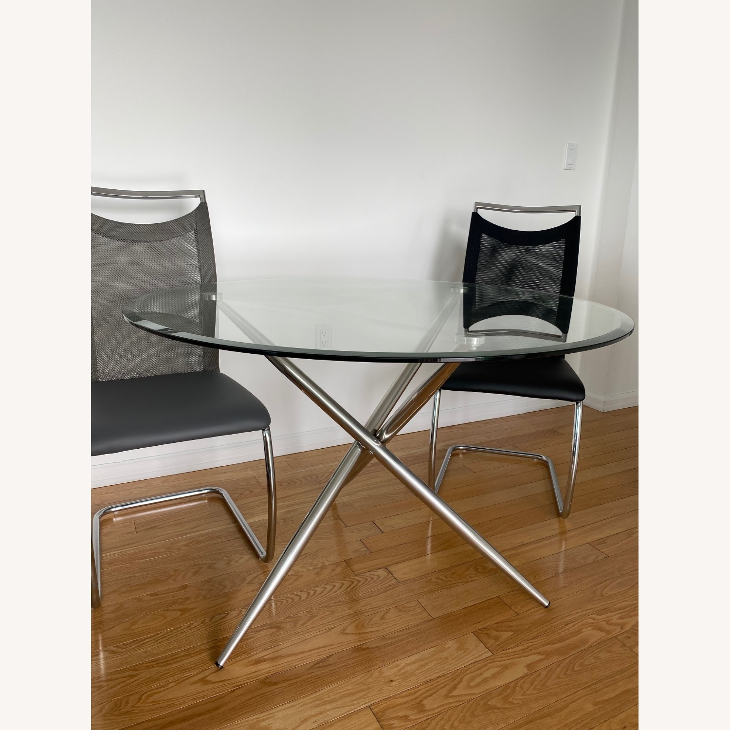 Raymour & Flanigan Adams Glass Dining Set - image-2