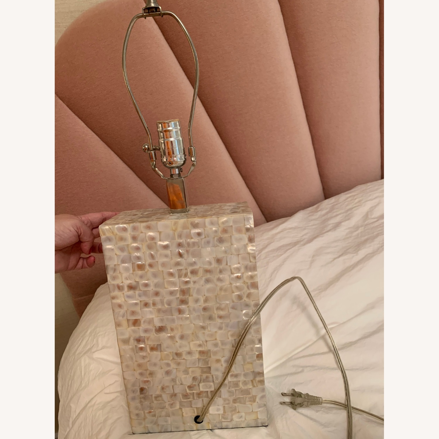 White/gold Rectangular Table Lamp - image-4