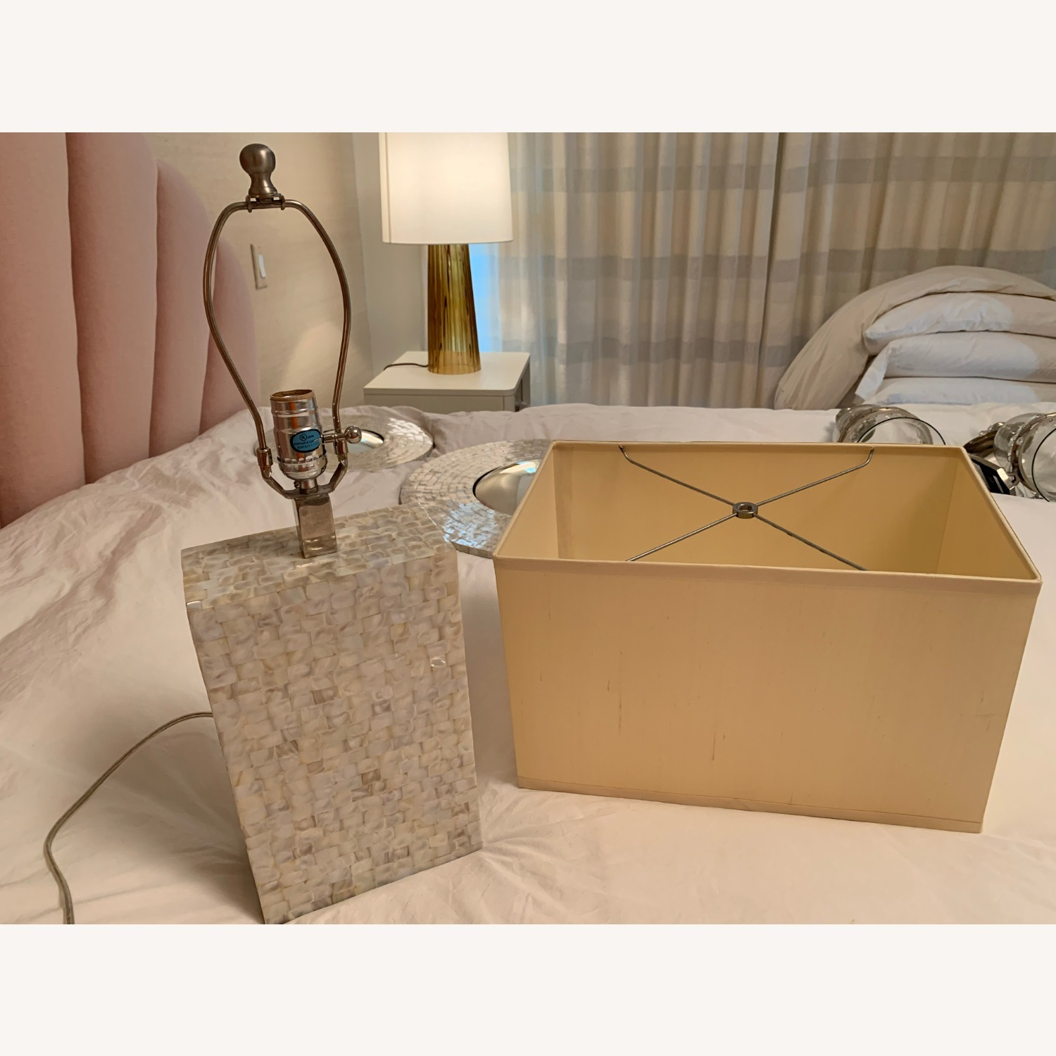 White/gold Rectangular Table Lamp - image-2