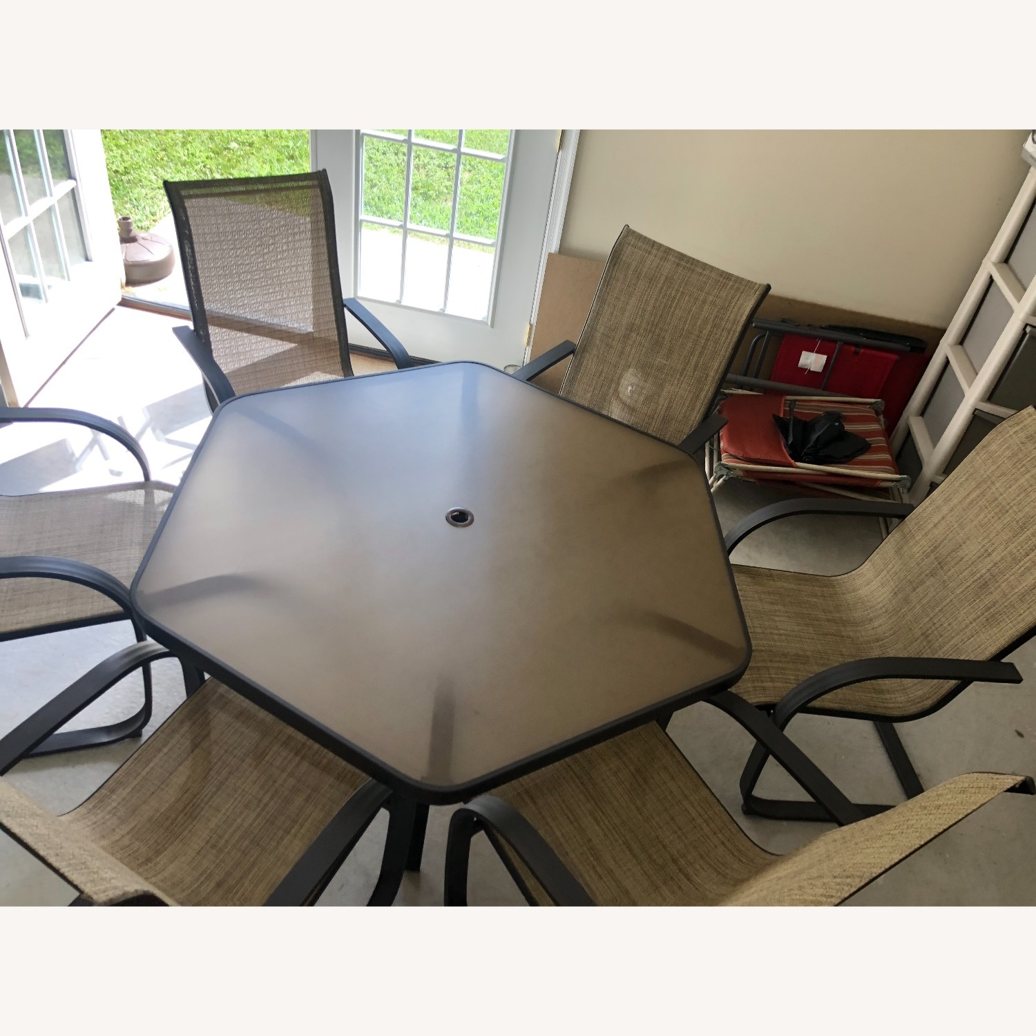 Outdoor Patio Set - 6 Chairs and Umbrella w/Base - image-1