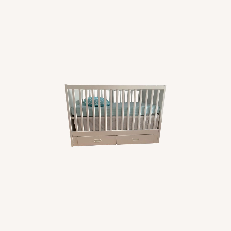 Baby's Crib - image-0