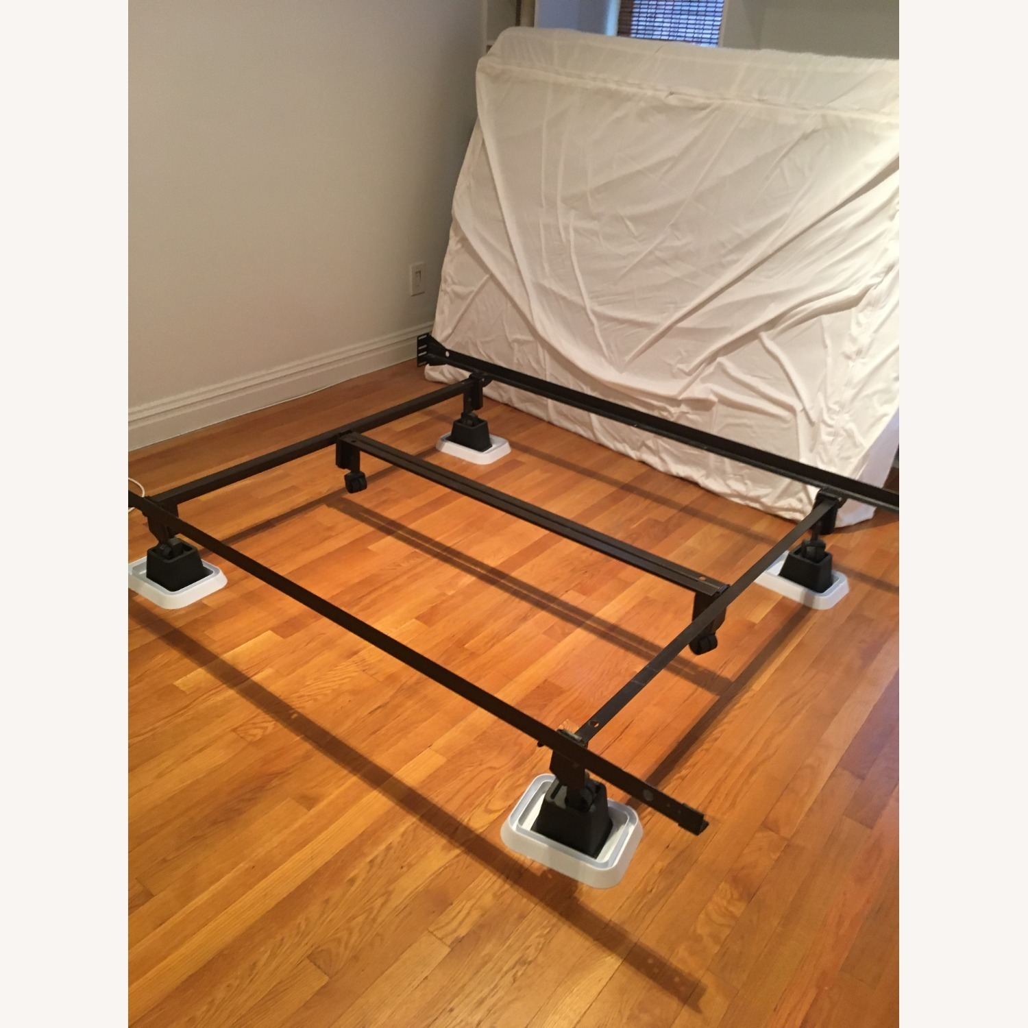 CISCO Brothers Bedframe Full Size Bed - image-4